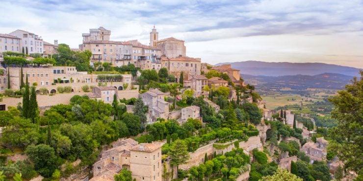 Vacances en camping dans le Luberon : les sites insolites à découvrir